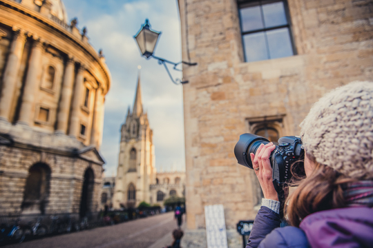 One to One Photography Workshops. Short one day courses for beginner's and amateurs based in Oxford near London
