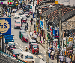 Photograph of the busy streets of Sri Lanka