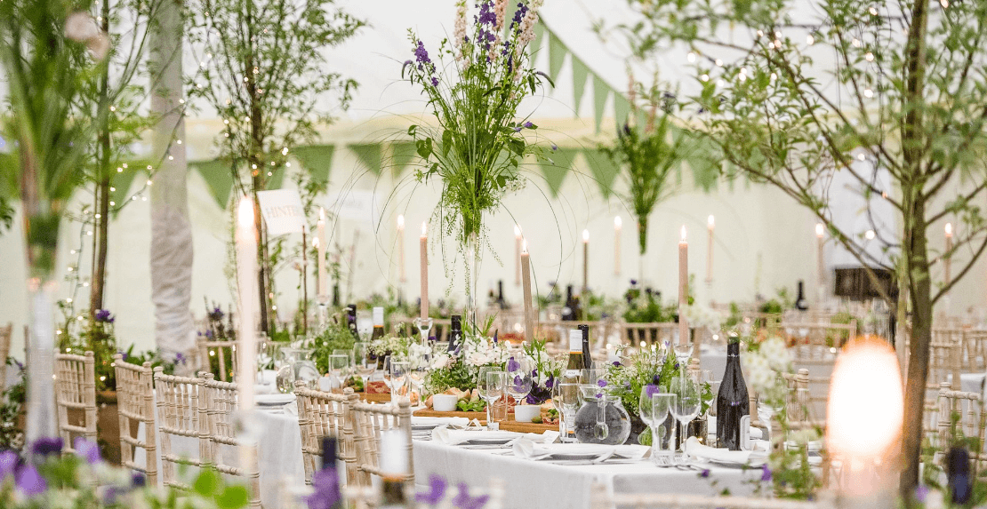 Wedding tables with tress